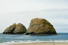 Oceanside Rocks Royalty Free Stock Photos