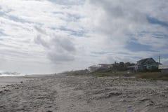 Oceanu brzeg Plaża Stwarza ognisko domowe tropikalny tło cud ziemia obraz stock