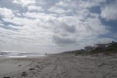 Oceanu brzeg Plaża Stwarza ognisko domowe tropikalny tło cud ziemia obraz royalty free