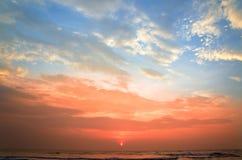 oceanu brzeg zmierzch fotografia stock