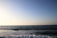 Oceanu niebieskie niebo i woda Obraz Stock