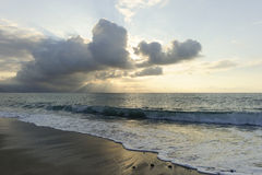 Oceanu słońca promienie Fotografia Stock