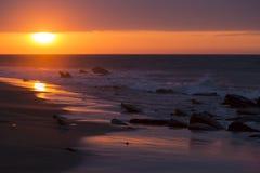 Oceanu zmierzch na Pacyficznym oceanie w Punta Sal, Peru Zdjęcie Royalty Free