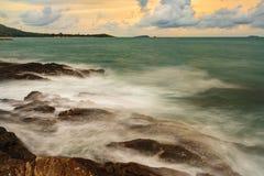 Oceanu zmierzch przy Koh Samet, Tajlandia Zdjęcie Stock