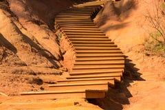 Ochre σκαλοπάτια, Rousillon, Γαλλία Στοκ εικόνες με δικαίωμα ελεύθερης χρήσης
