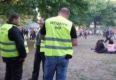 Ochrona oficery podczas karnawału kultury 2018 w Berlin obraz stock