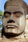 Ochroniarz w Północnej bramie Angkor Thom obraz royalty free