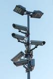Ochrony cctv kamery na pilonie obraz royalty free