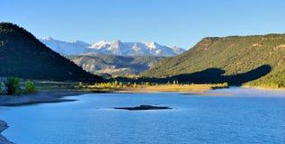 Ochtend bij alpien meer in Colorado Royalty-vrije Stock Foto's