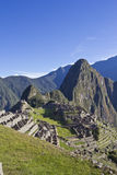 Ochtend die over Machu Picchu toenemen Stock Foto's
