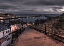 Ochtend meer dan 199 stappen, Whitby, het Verenigd Koninkrijk Stock Foto's