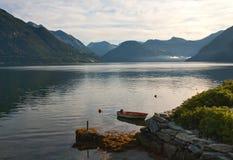 Ochtend op fjord Royalty-vrije Stock Afbeelding