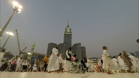 Ochtend tawaf in Mekka in het Hoofdartikel van de de Tijdtijdspanne van Saudi-Arabië stock footage