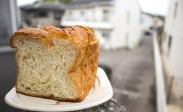 Ochtendbrood: Japans lang mild squre Deens brood van het premiebroodje Stock Afbeeldingen