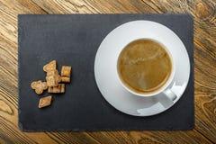 Ochtendkoffie, met suiker De mening vanaf de bovenkant Plaats voor uw tekst Royalty-vrije Stock Foto