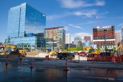 Ochtendmening van bouw langs waterkant de Zuid- van Boston Royalty-vrije Stock Afbeelding