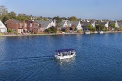 Ocio que vive por el lago fotografía de archivo libre de regalías