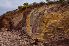 Ockragropen i den australiska vildmarken som används av infött folk arkivfoto