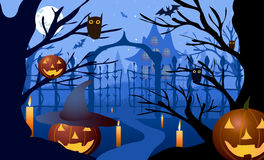 också vektor för coreldrawillustration halloween Pumpahatt mot bakgrunden av kala träd, portar och det gamla huset Fotografering för Bildbyråer