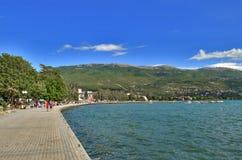 Ocrida con il lago ohrid, Macedonia immagini stock