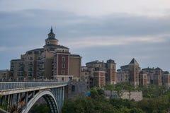 OCT bouw de voor de betere inkomstklasse van het de villalandgoed van Shenzhen Meisha van het Oosten stock fotografie