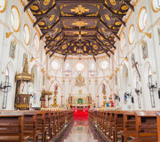2015-17-Oct, Samut Songkhram Tailândia: Igreja interior Fotografia de Stock