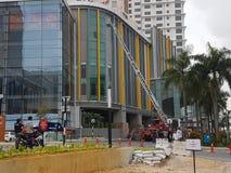 5 Oct 2016 Subang Jaya, Maleisië De Brandoefeningsoefening bij Tophotel Subang werd USJ gedaan vanochtend stock afbeelding