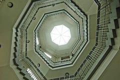 Octagon espiral da escadaria Imagens de Stock