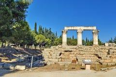 Octavia tempel i forntida corinth Royaltyfri Foto