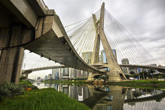 Octavio Frias de Oliveira Bridge (Ponte Estaiada) in Sao Paulo, Brazil. The Octavio Frias de Oliveira cable stayed suspension bridge, aka Ponte Estaiada, in Sao Stock Photos