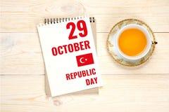 29 octobre - jour de république, calendrier avec le holida national turc Photographie stock