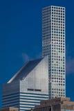 24 octobre 2016 - NEW YORK -423 Park Avenue, crayonnent la tour mince donne sur le bâtiment de New York et de Citi Corp, NY, NY - Image stock
