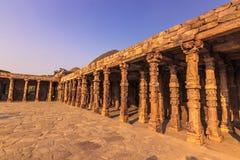 27 octobre 2014 : Ruines du Qutb Minar à New Delhi, Inde Image stock