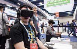 在前面Oculus VR耳机 免版税库存图片