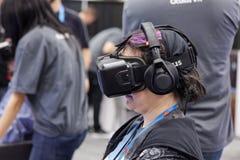 Oculus VR VR hörlurar med mikrofon Arkivfoto