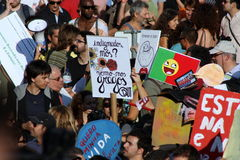 Ocupe Lisboa - protestos globais da massa 15 outubro Fotografia de Stock