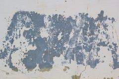 Odłupana farba na starej tynk ścianie zdjęcie stock