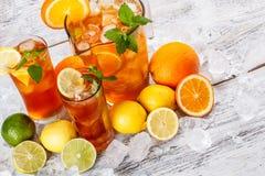 Odświeżająca lodowa herbata Obrazy Stock
