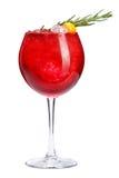Odświeżający koktajl z ornamentem od rozmarynów i pęcherzycy na białym tle Czerwony koktajl z lodem Obrazy Royalty Free