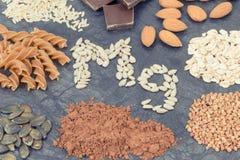 Odżywczy łasowanie zawiera magnez Zdrowy odżywianie jako witaminy, kopaliny i włókno źródła, zdjęcie royalty free