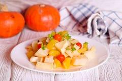 Odżywczy kraszeni i piec warzywa fotografia stock