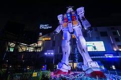 Odaiba Gundam modell på natten Fotografering för Bildbyråer