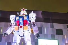 ODAIBA, JAPAN - 16. NOVEMBER 2016: Statue von gundum vor Lizenzfreie Stockbilder