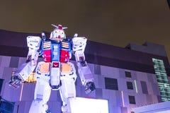 ODAIBA JAPONIA, LISTOPAD, - 16, 2016: statua gundum przed Zdjęcie Stock