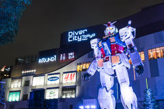 ODAIBA JAPONIA, LISTOPAD, - 16, 2016: statua gundum przed Obrazy Stock