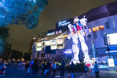 ODAIBA JAPONIA, LISTOPAD, - 16, 2016: statua gundum przed Obrazy Royalty Free