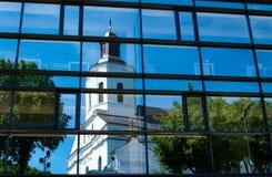 Odbicie stary kościół Zdjęcia Stock