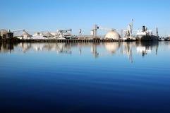 odbicie statek portu morskiego Obrazy Stock