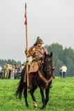 Odbudowa historyczna bitwa antyczne słowianki w kwinta festiwalu dziejowi kluby w Zhukovsky okręgu Kalu Obrazy Stock