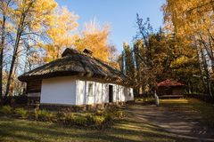 Odbudowa mężczyzna siedlisko w Pereyaslav-Khmelnitsky, Ukraina obrazy royalty free